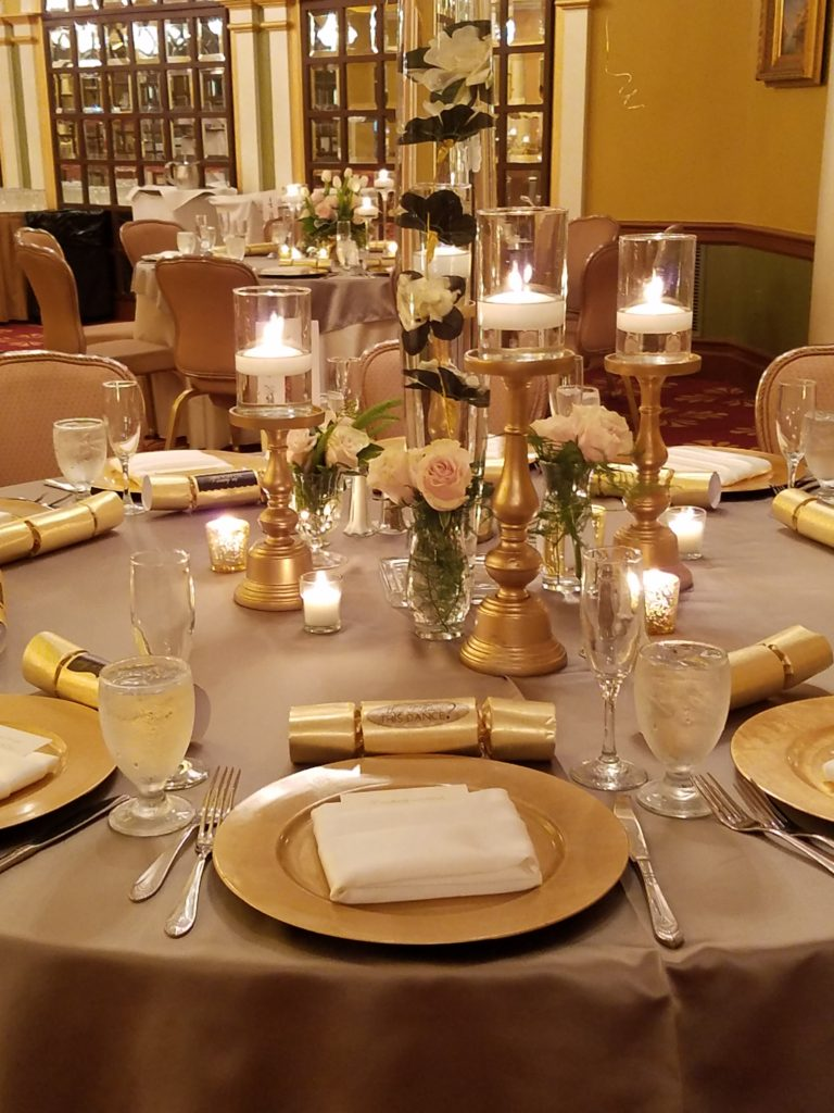 Silver Majestic Tablecloths w/ White Napkins