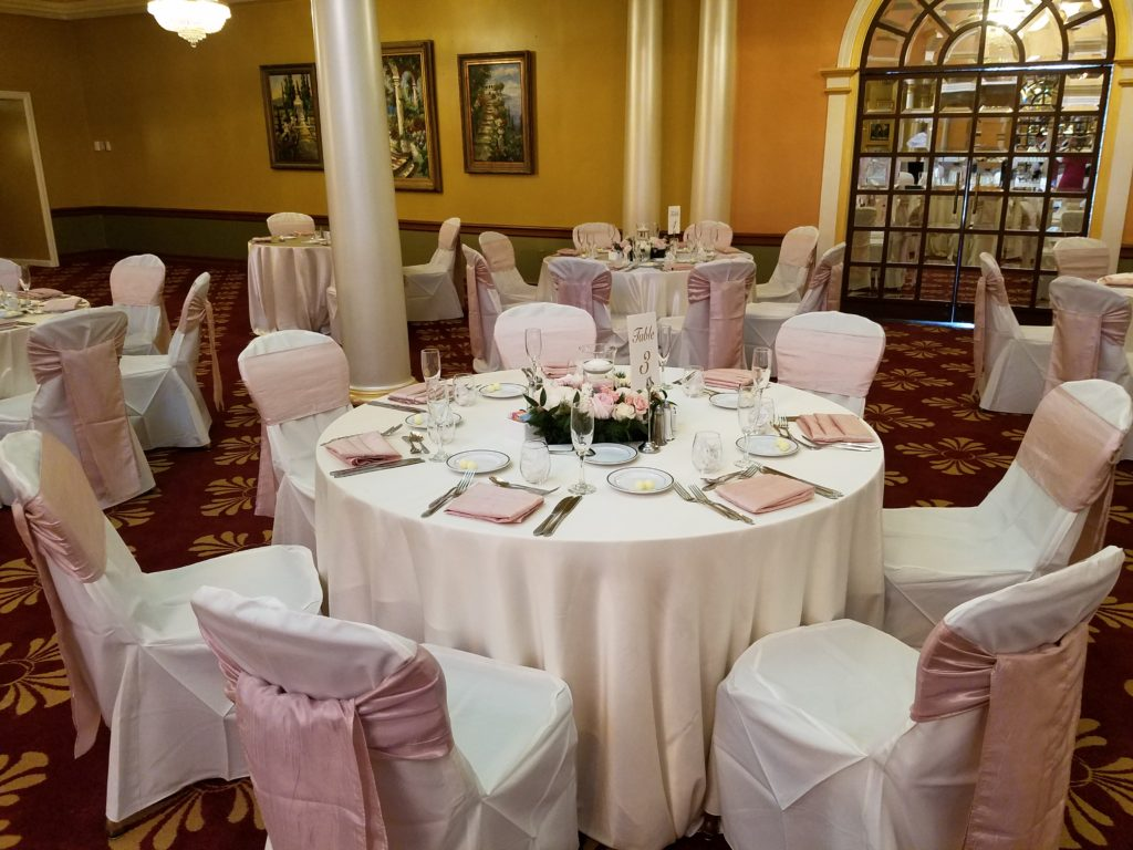 Blush Crush Sashes and Napkins with Ivory Majestic Tablecloths
