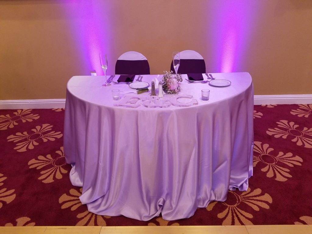 Lilac Majestic Sweetheart Tablecloth w/ Eggplant Napkins and Sashes